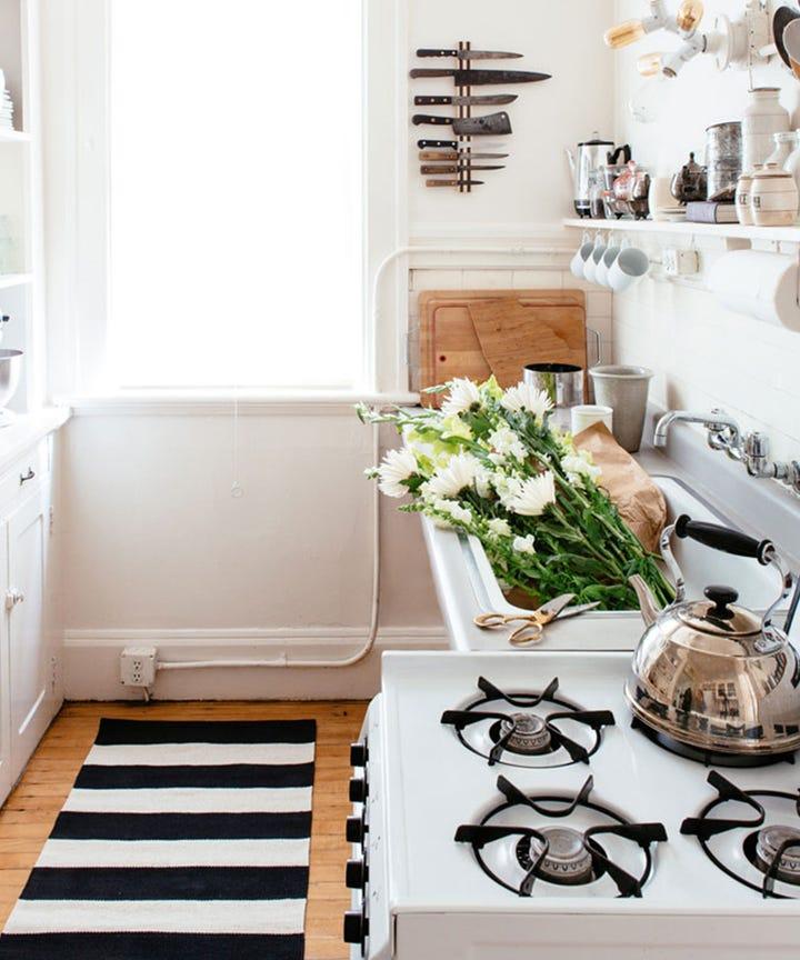 6 Small Kitchen Design Ideas
