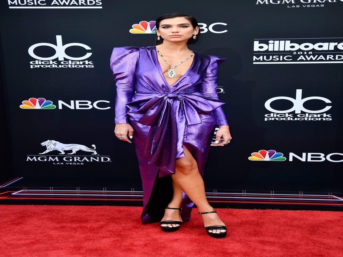 The Billboard Music Awards Red Carpet Had Zero Chill