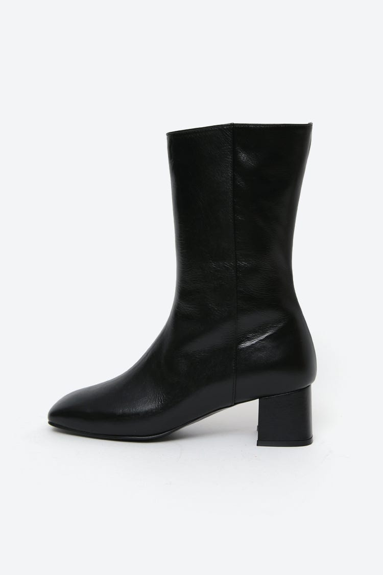 58b8da087ae5c Womens Boots Trends - Best Winter 2019 Boot Styles