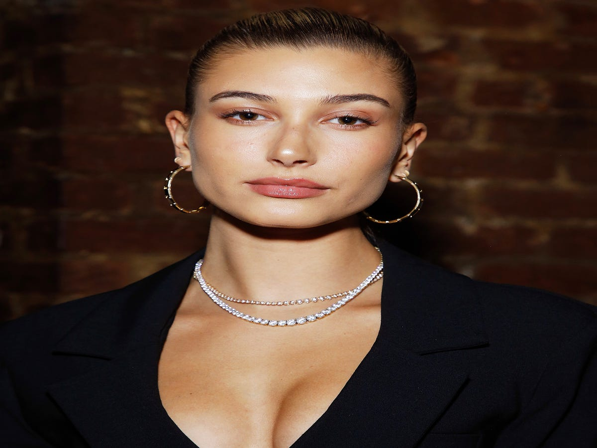 Hailey Baldwin s Engagement Ring Just Got Its First Cover