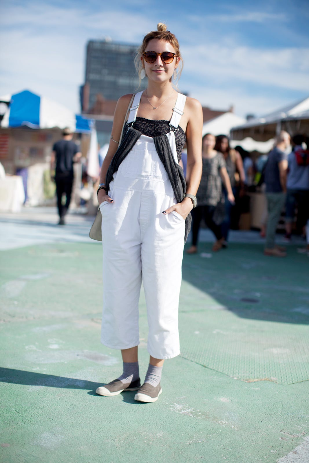 2d889bc299cb Brooklyn Flea Market Street Style Outfits
