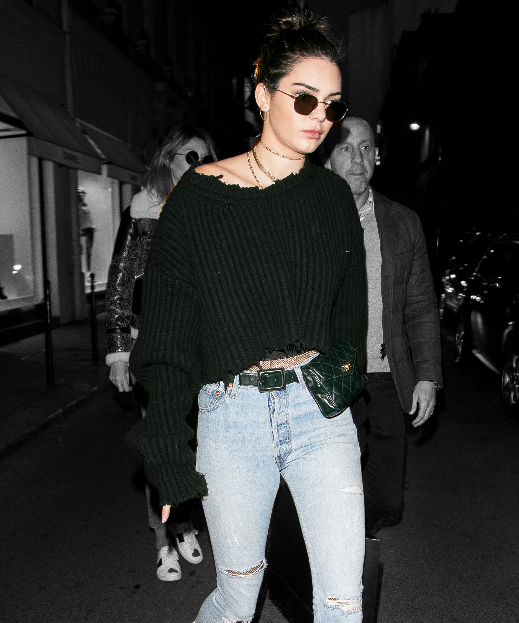 d95e0aef323eb4 Kendall Jenner Chanel Fanny Pack Paris Couture Week