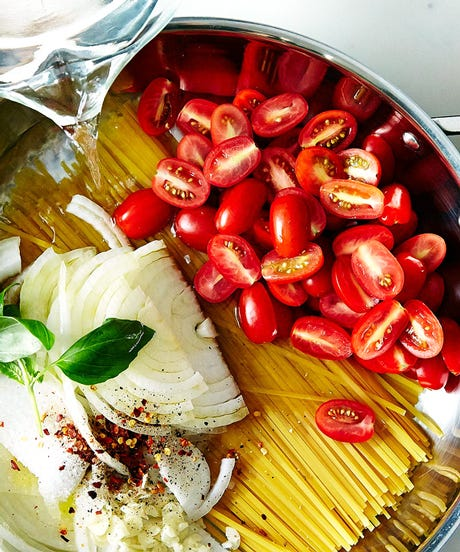 This 1-Pot, 9-Minute Pasta Recipe Is Genius