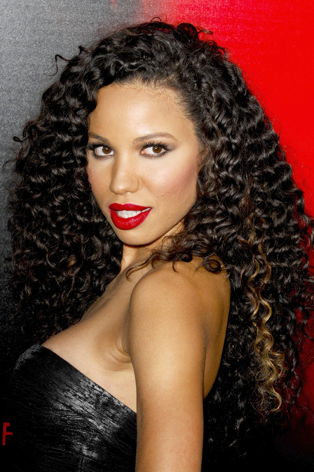 Curly Hair Best Cut And Color Techniques