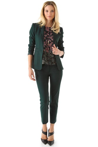 In Choosing The Best Business Suits For Women Dressity