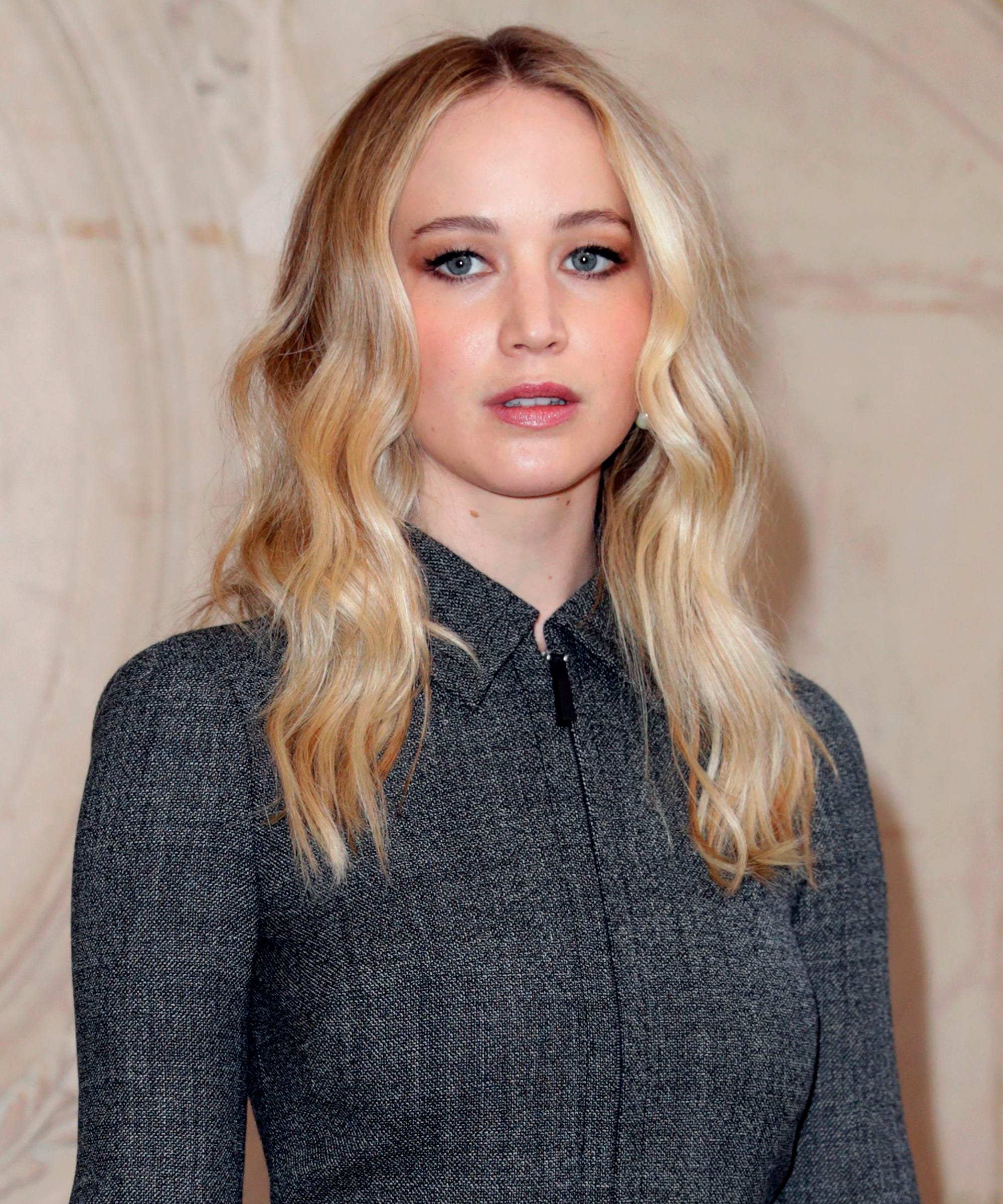 Jennifer Lawrence Nails Her Bridal Beauty Look At Her Engagement Party