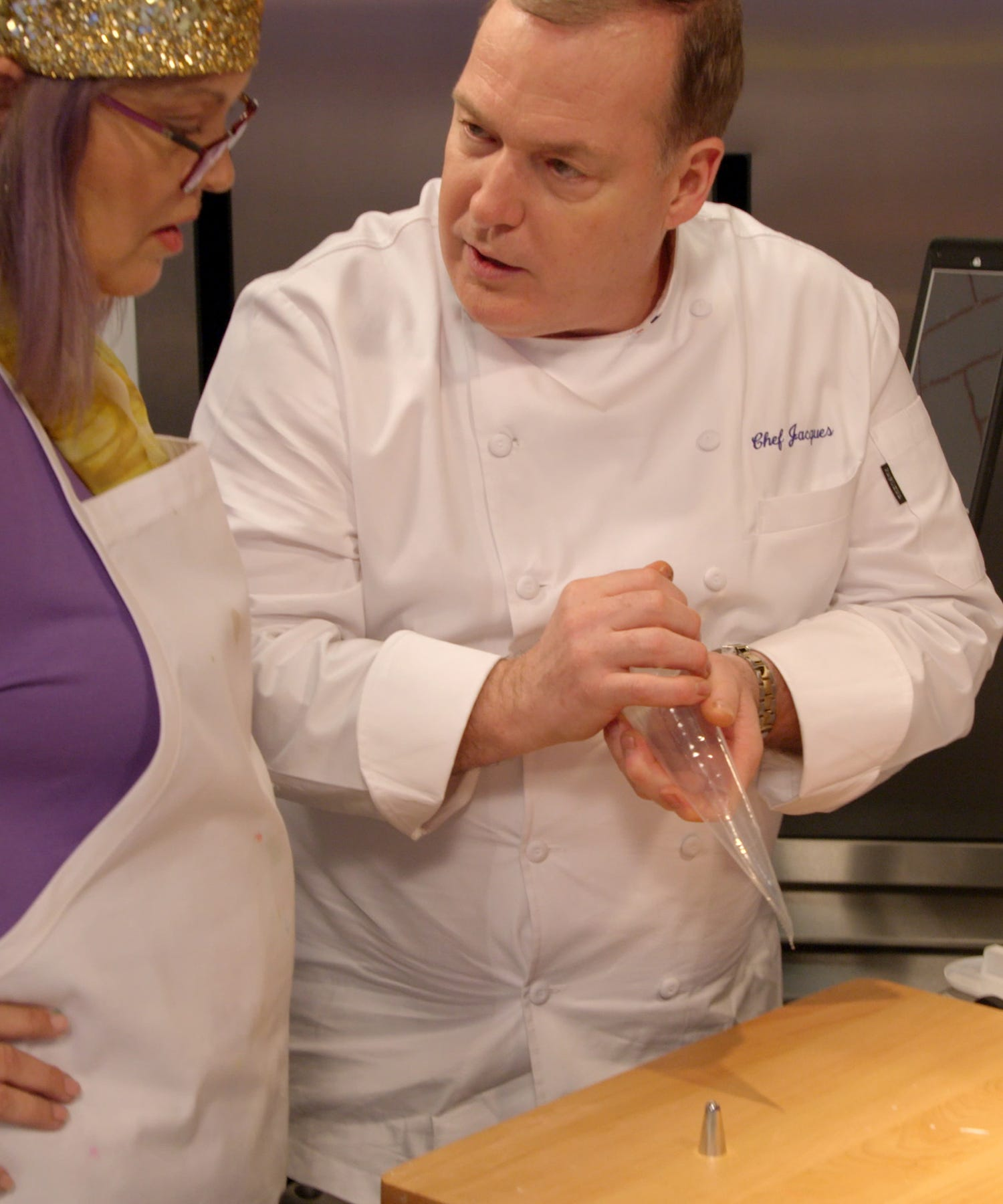 How To Melt Chocolate According to Nailed It!'s Jacques Torres