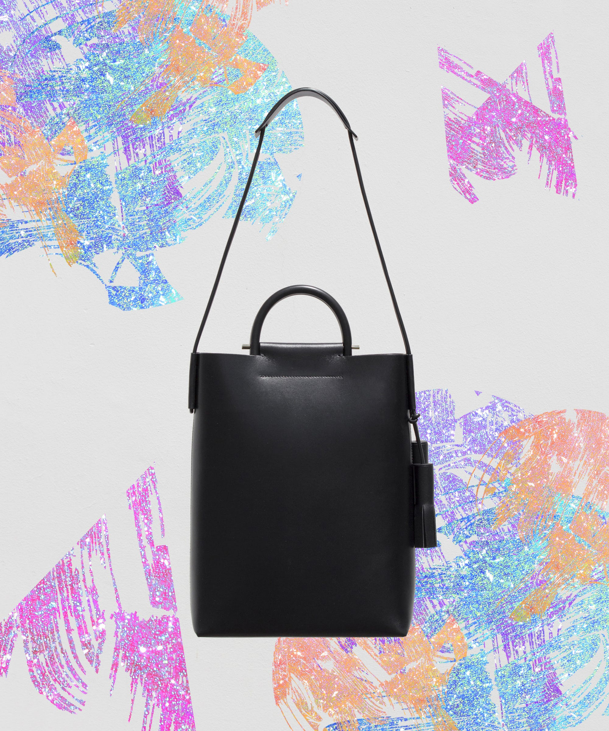 17 Non-Bulky Totes Perfect For Carrying Your Laptop In