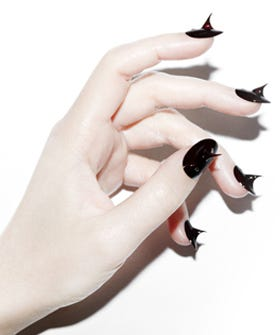 Thorny Nails, If You Like A Dose Of Creepy/Awesome With Your Mani