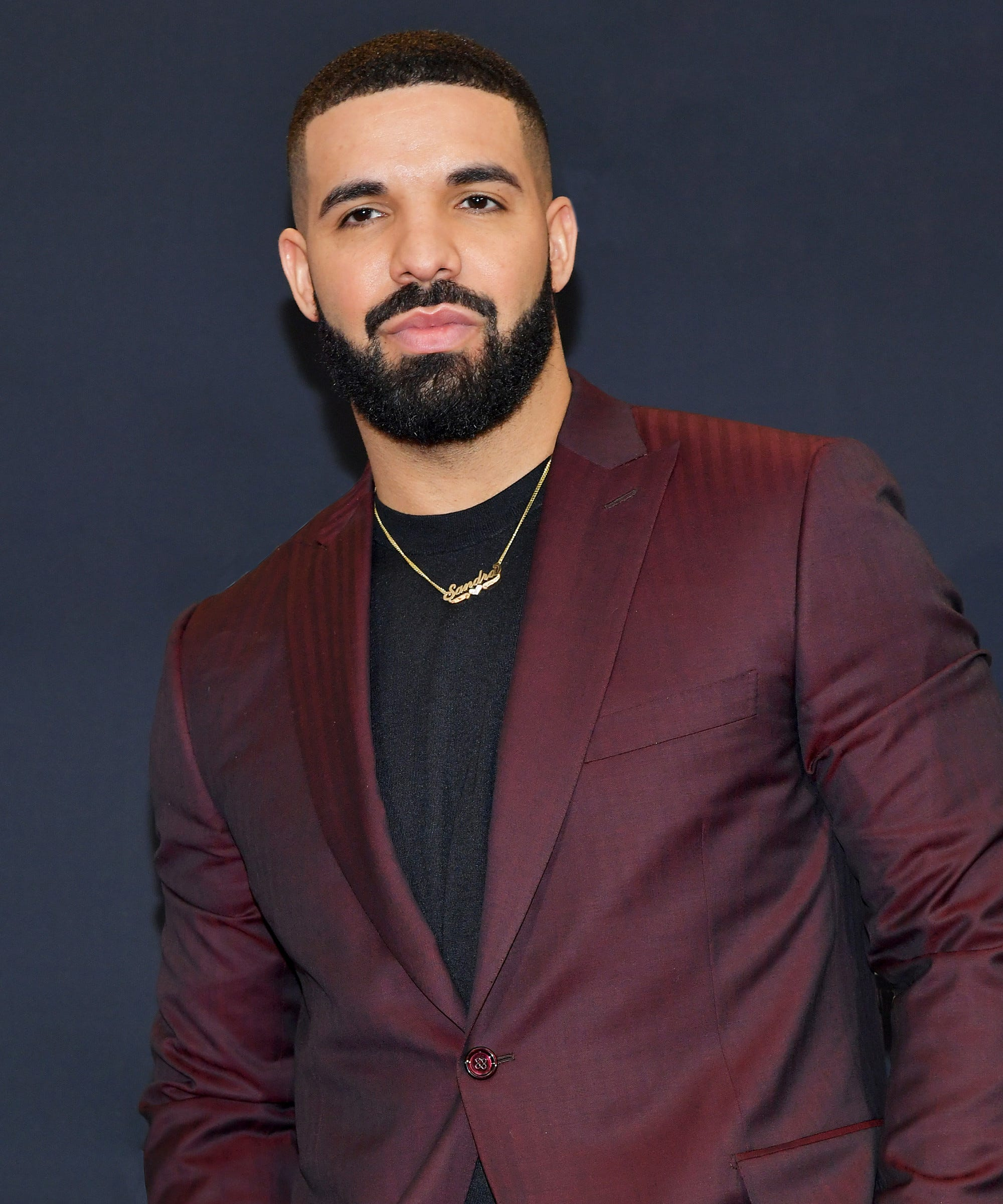 Drake Instagram Photo Sparks Fake Abs Surgery Rumors