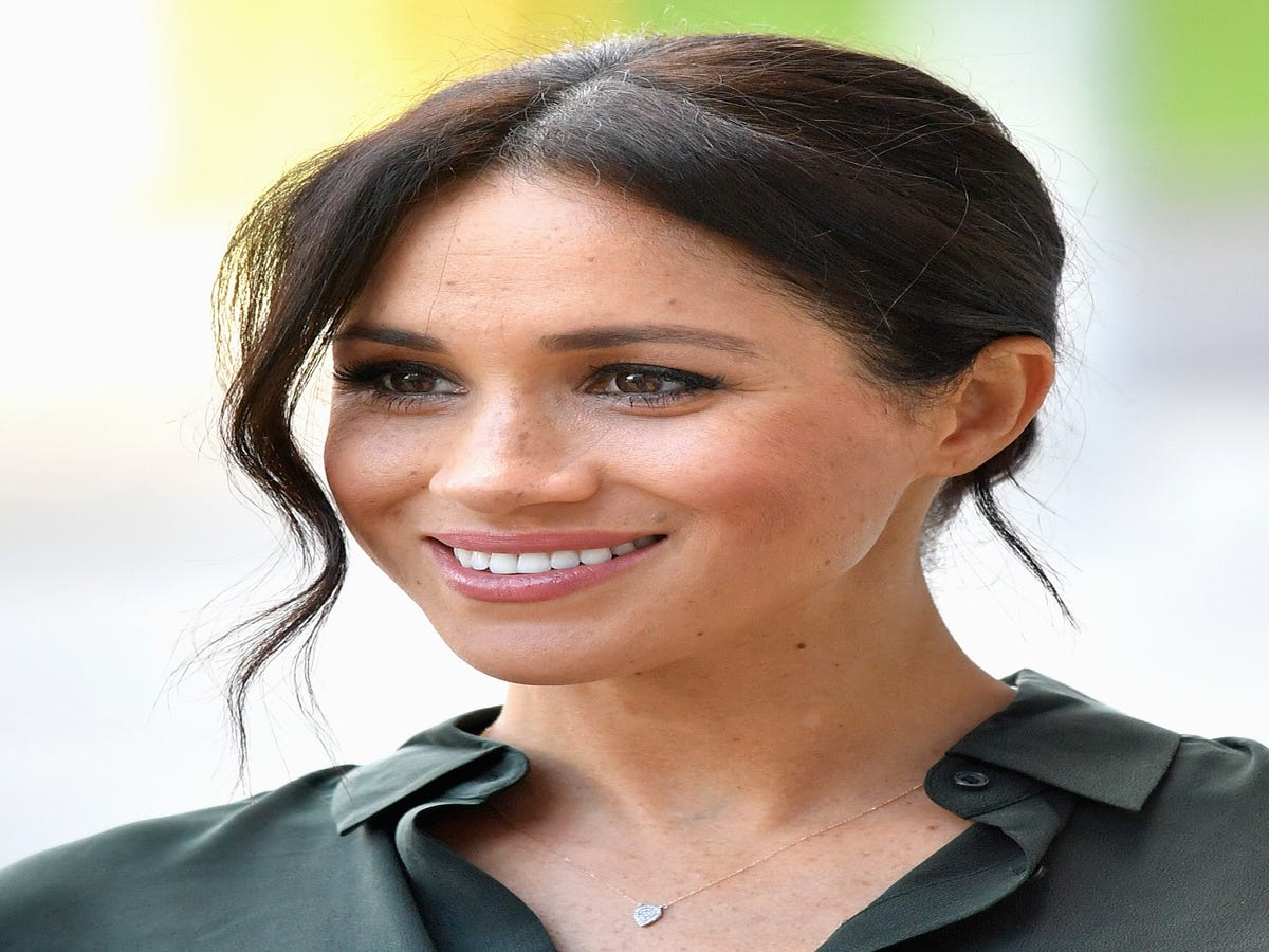 Meghan Markle Does All Her Own Makeup — & We re Impressed
