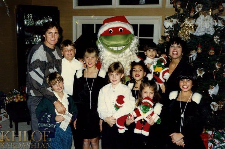 photo kim kardashian celebuzz - Kardashians Christmas Photos