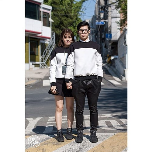 adbdb946b7 Matching Couples Outfits - Asian Street Style Trends