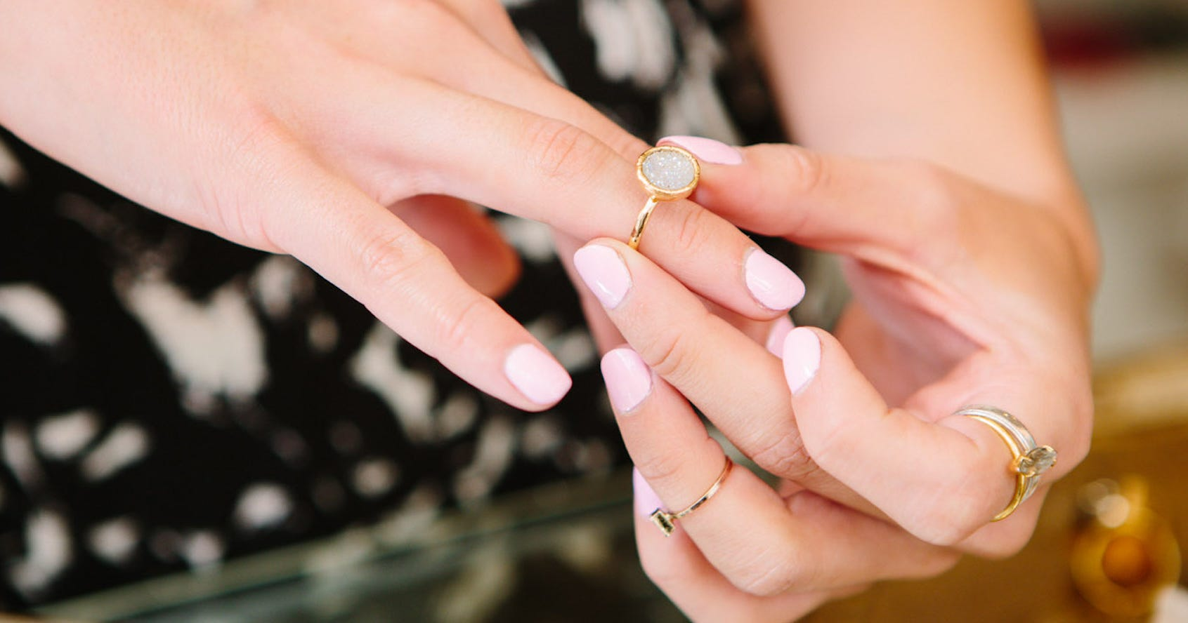 Sotheby Pinkfarbener Diamant Ist Der Teuerste Der Welt