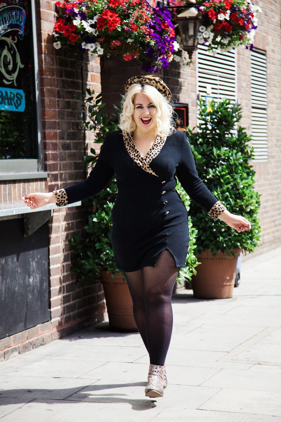 Felicity Hayward - Plus Size Model