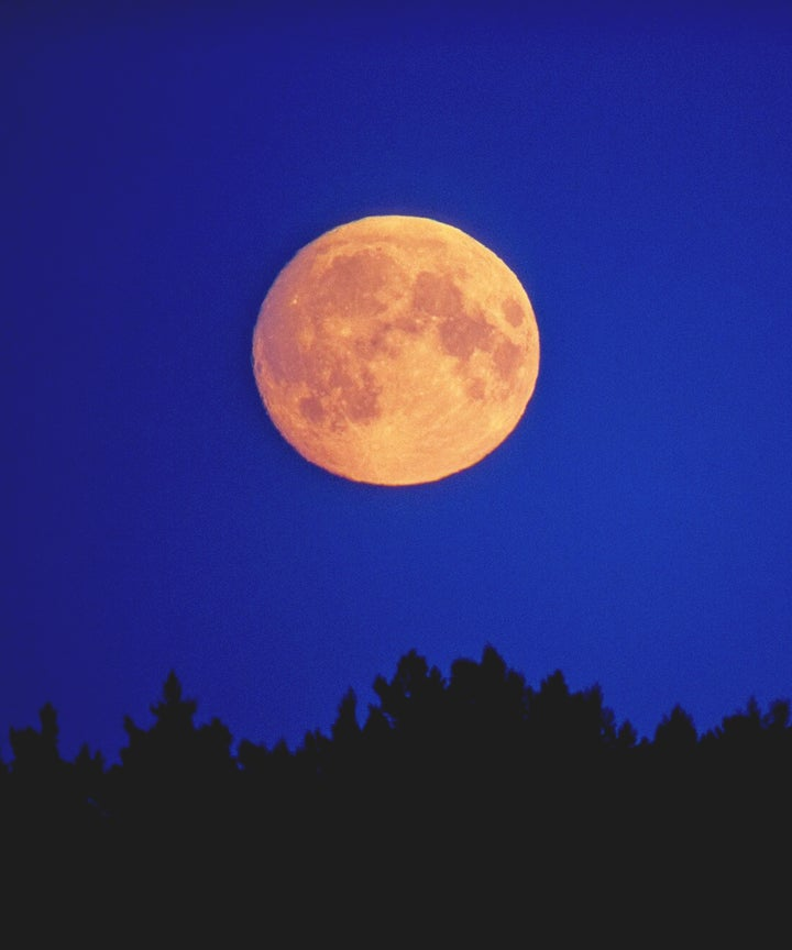 lunar phases affect horoscope sign full moon in aries