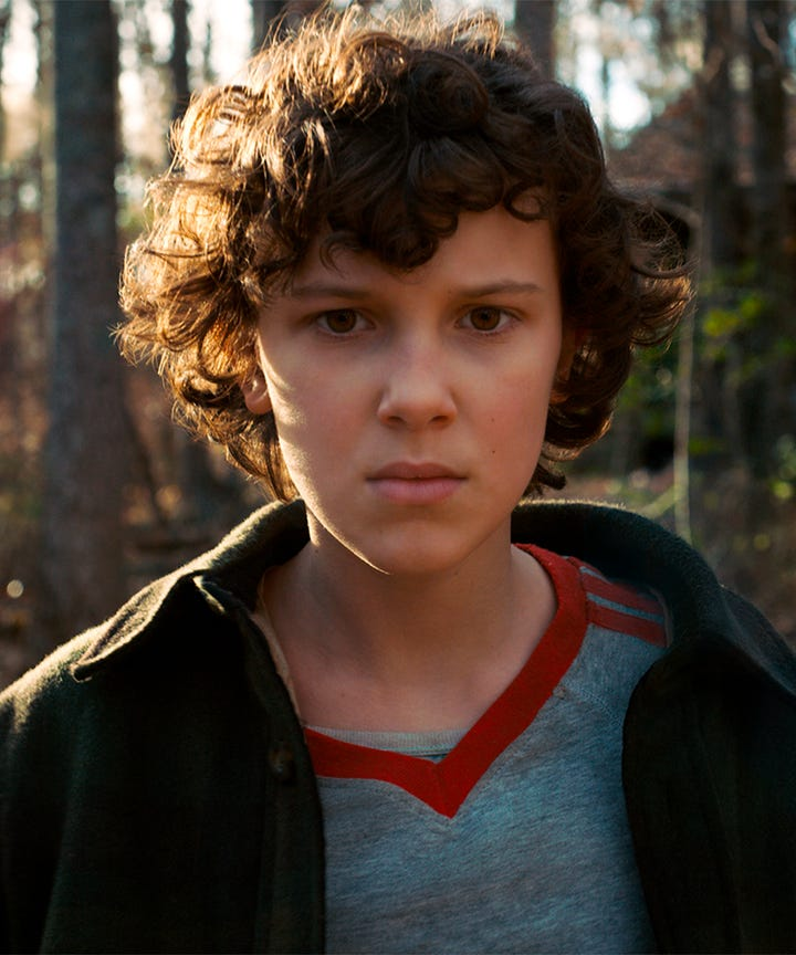 stranger things millie bobby brown eleven mike kiss