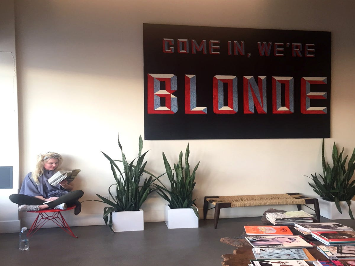 This Is Where L.A. s Coolest Blondes Go To Get Their Color