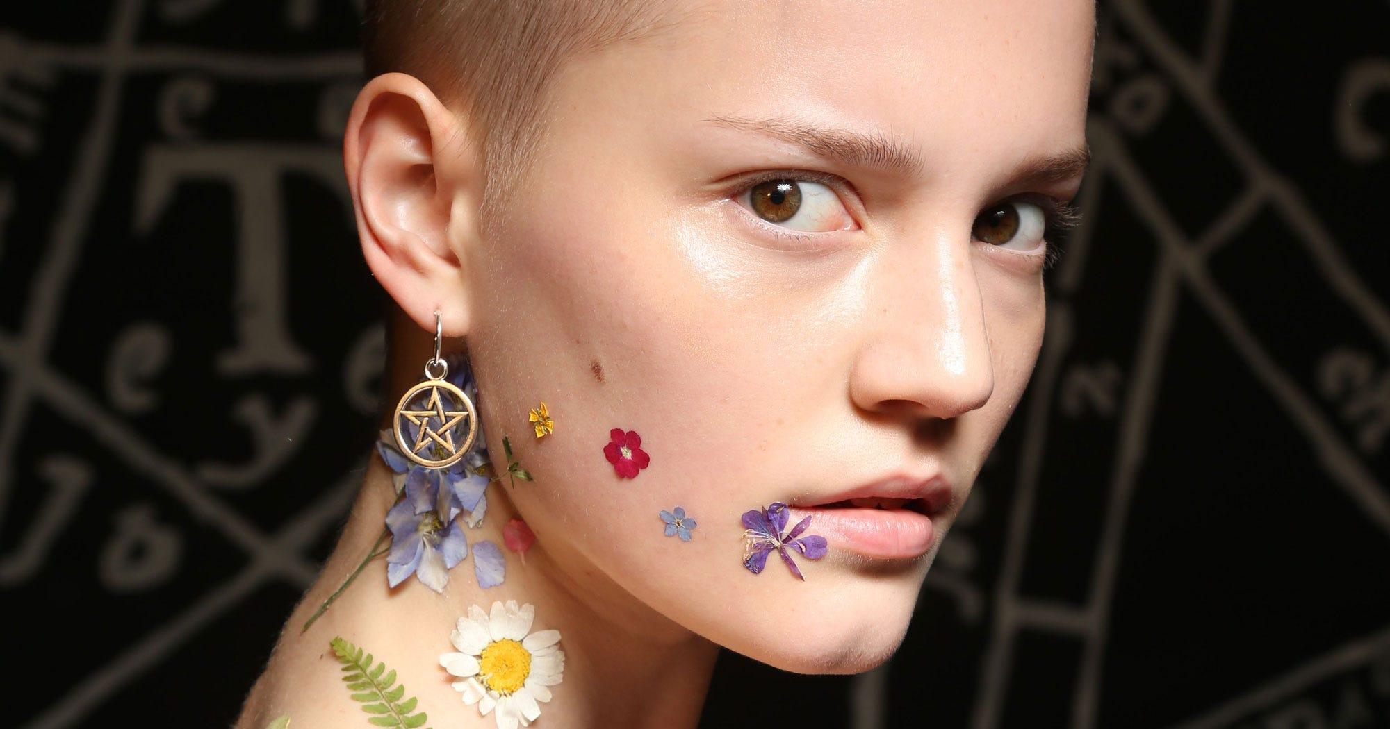Flower Makeup Trend Pretty Face Paint Flowers