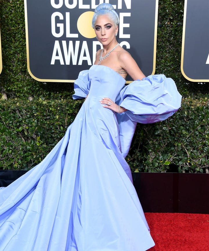 The Most Standout Looks From This Year S Golden Globes Red Carpet