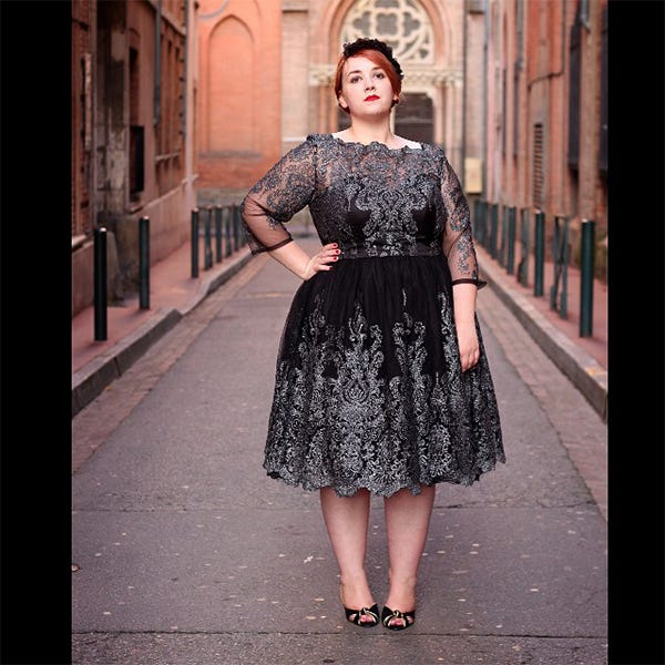 Plus-Size Holiday Fashion On Instagram