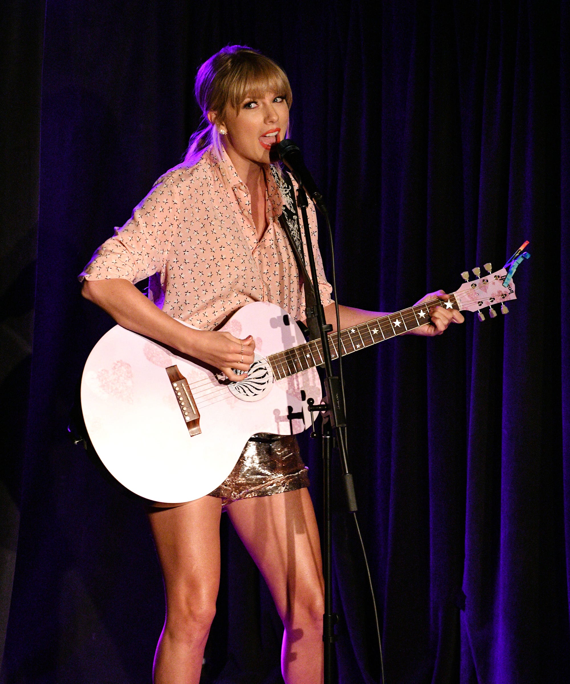 Taylor Swift Honored Pride Month With A Surprise Performance At Stonewall Inn