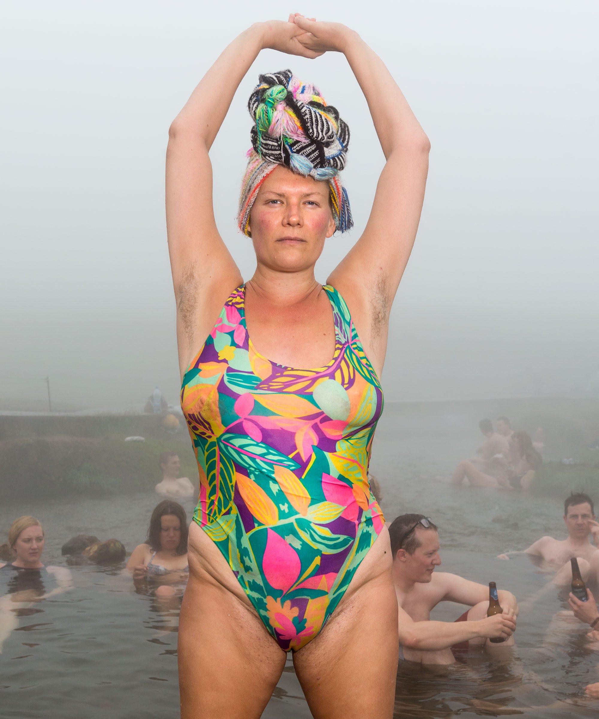 chubby-horny-mature-woman-best-bikini-contest-thong