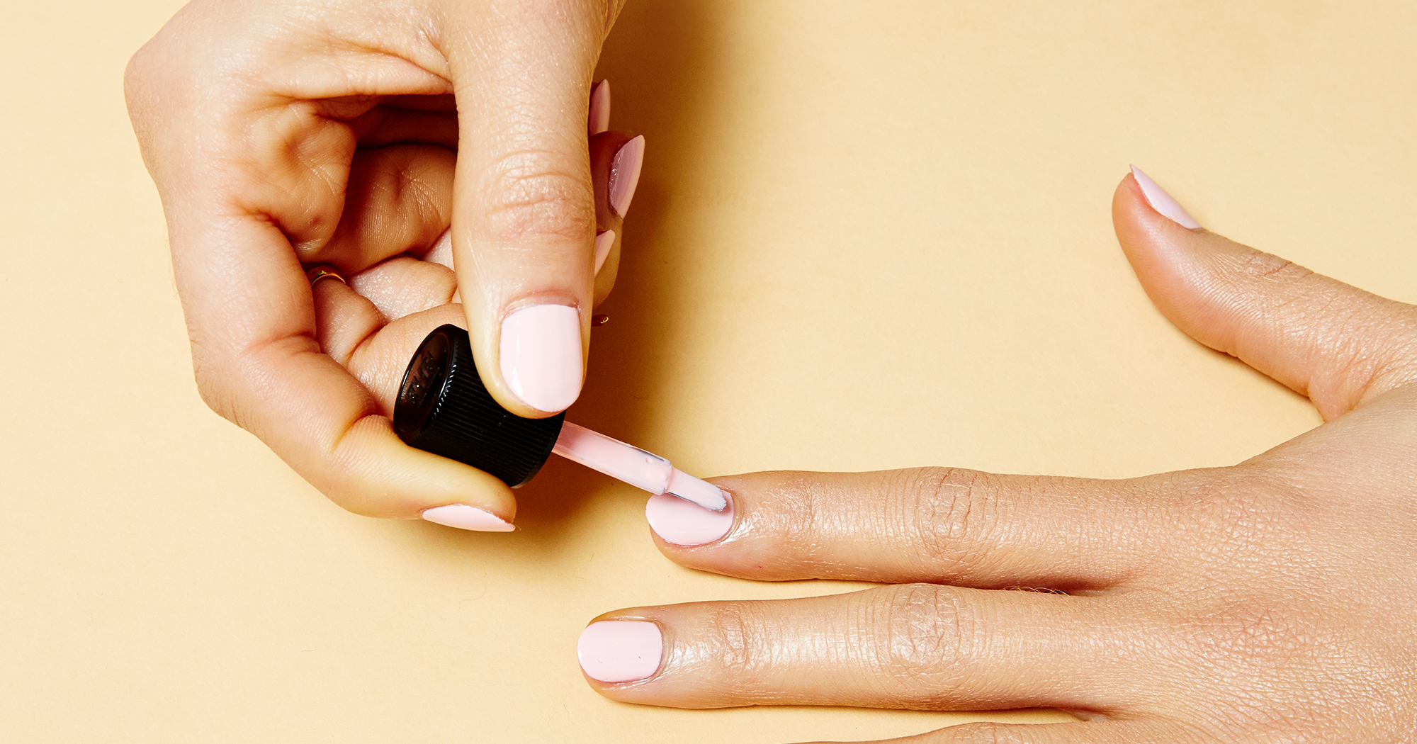 The Minimalist Nail Trend You'll Want To Wear Through Fall