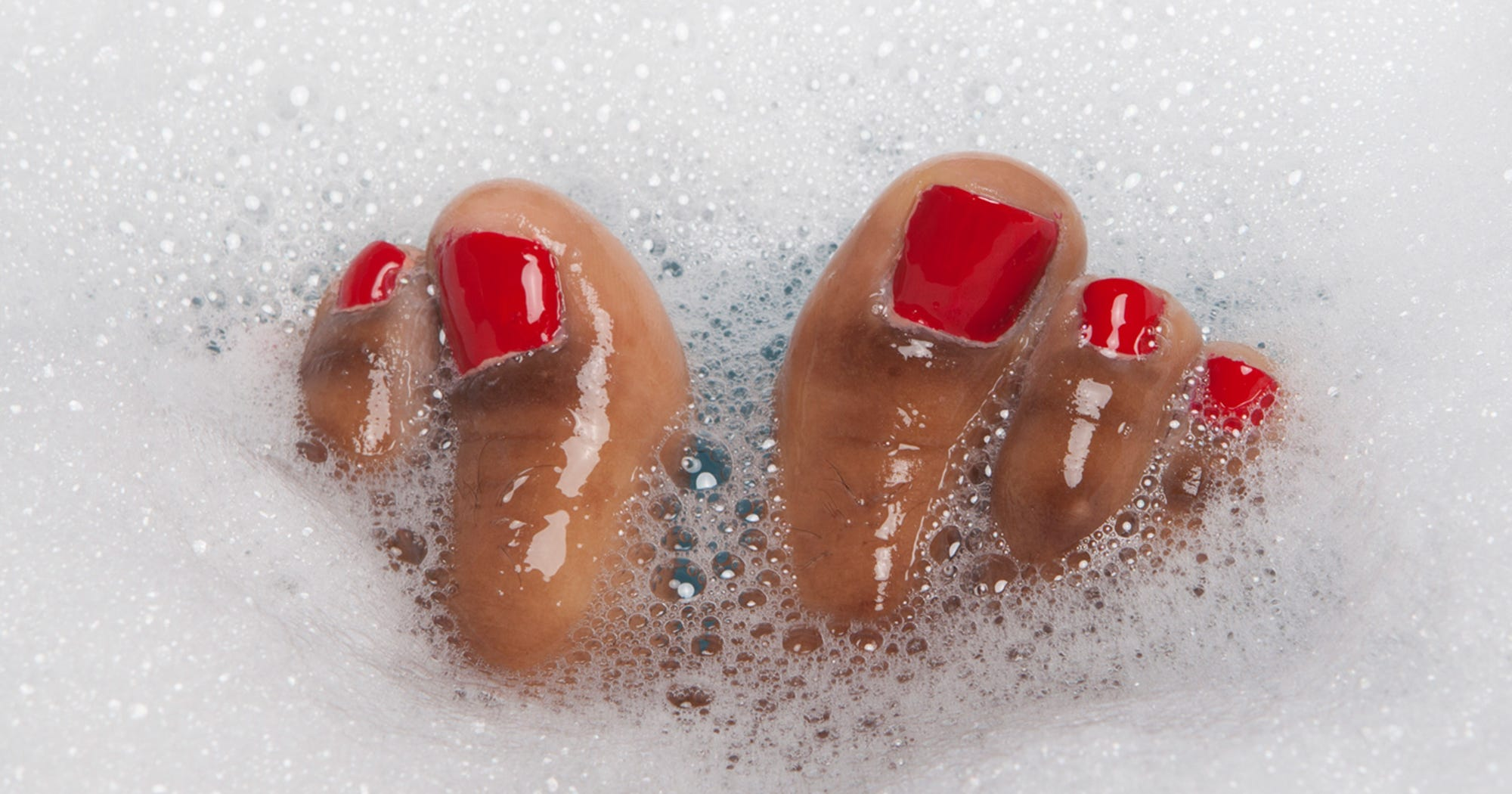 How Communal Bathing Could Benefit Your Body & Your Mind