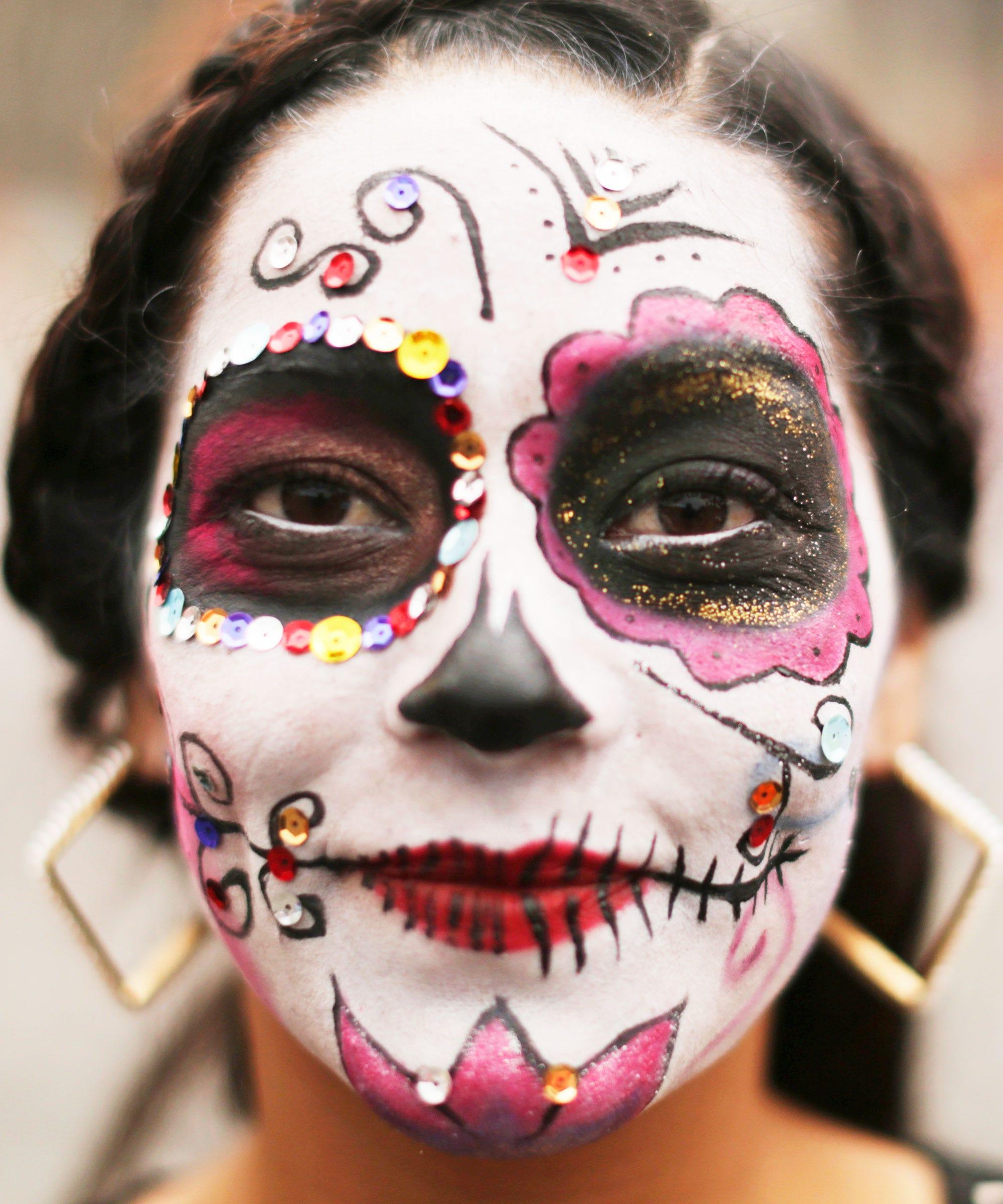 day of the dead traditions, dia de los muertos history