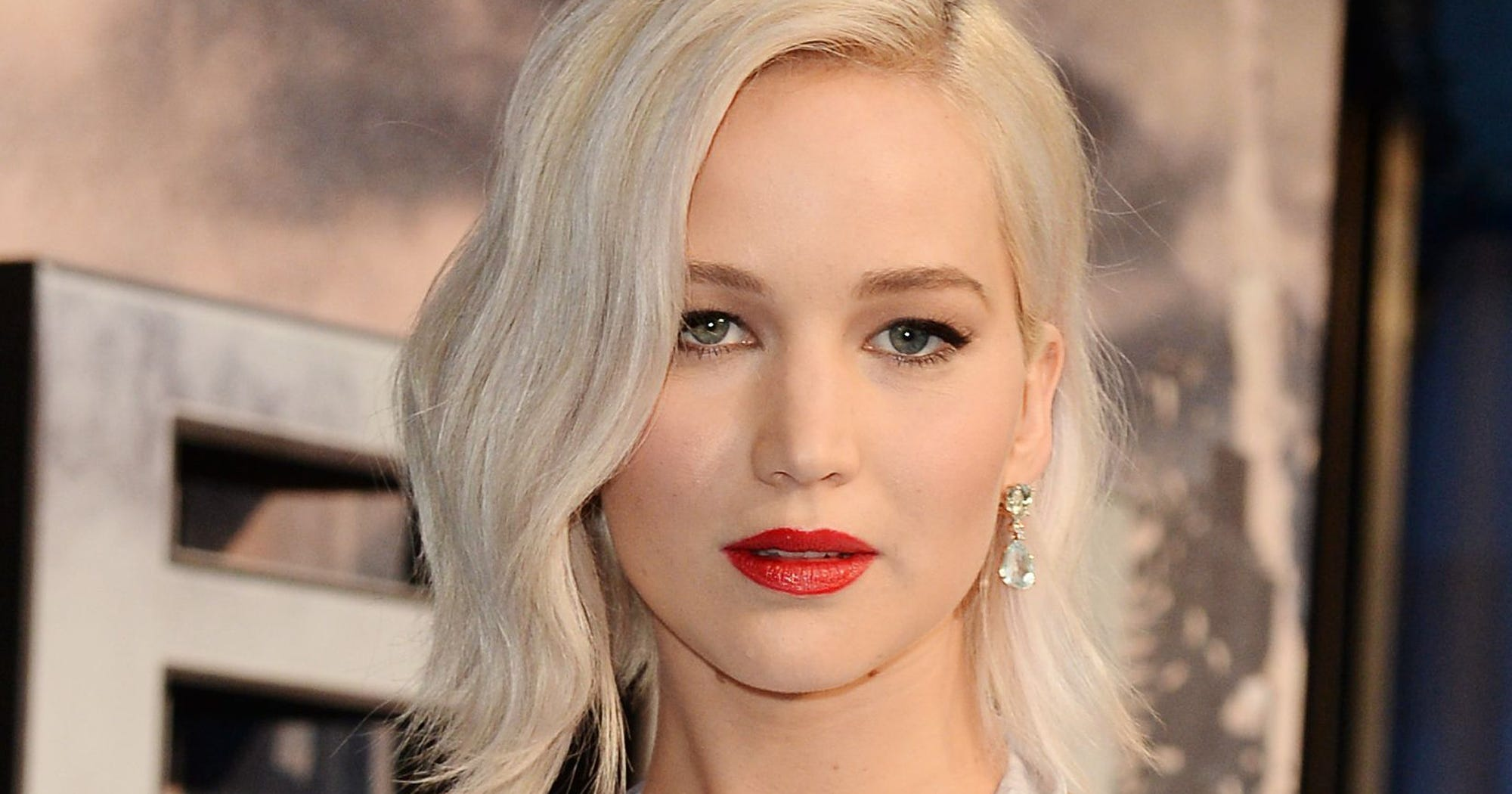 Jennifer Lawrence Suffered The Consequences Of Lying At The Airport