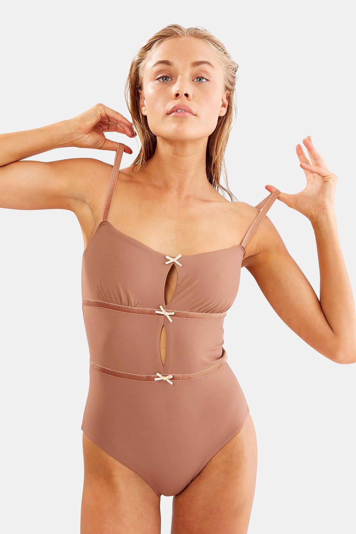 055d5dfba9 New Swimsuit Trends 2019 Cool Bikini, One-Piece Styles