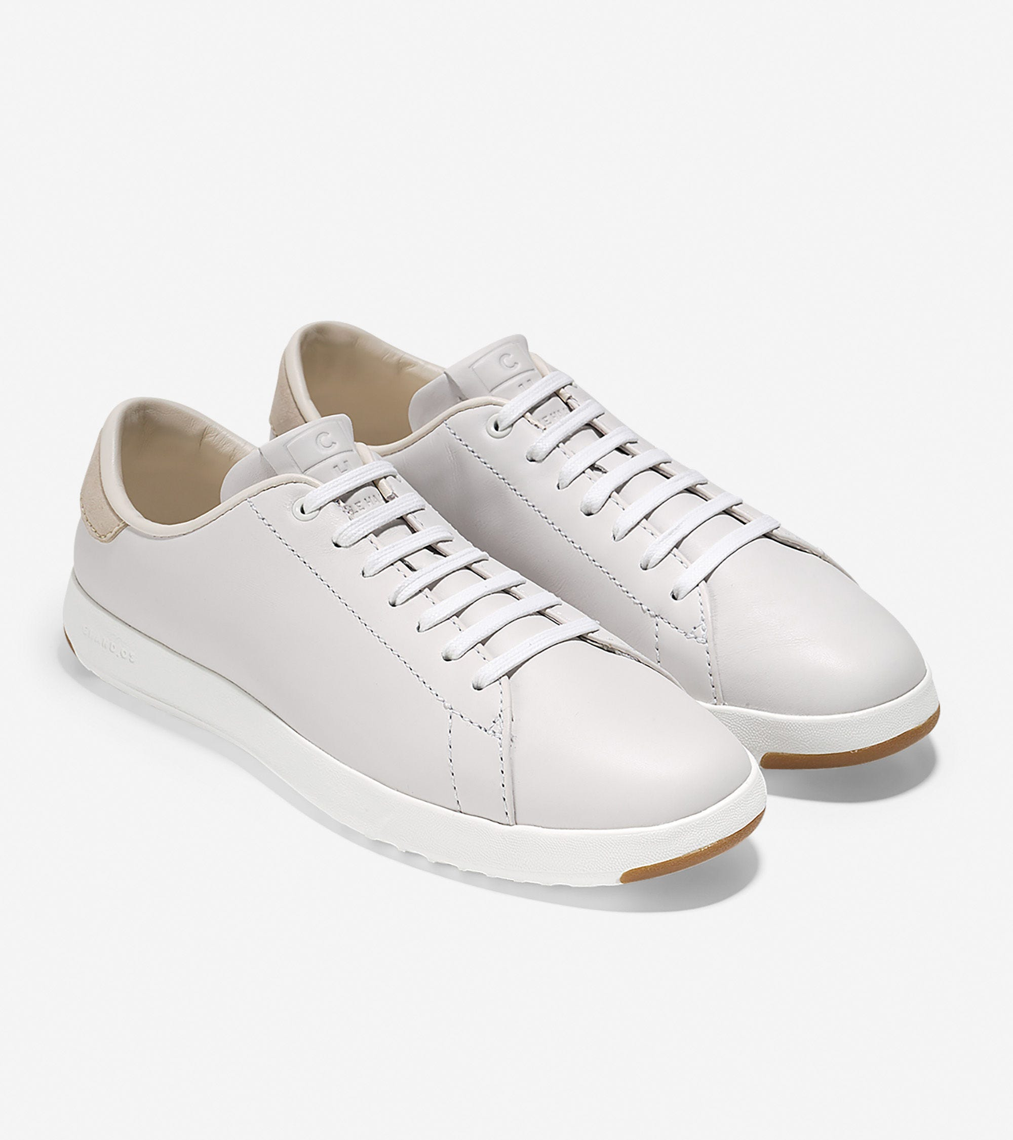 95748e31a720c Best White Sneakers For Women - 2019 Cool New Trends