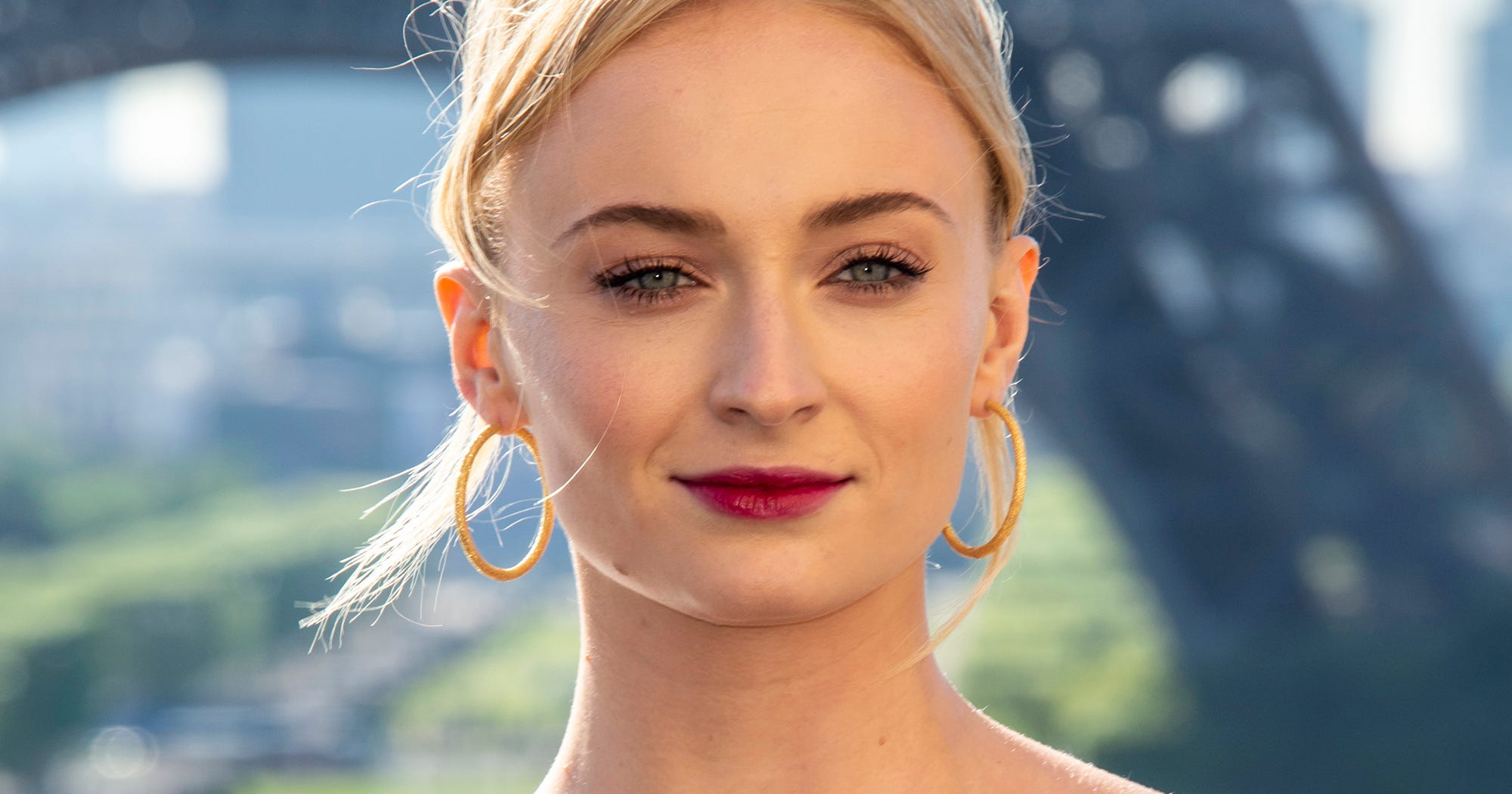Sophie Turner Hair Amp Natural Makeup Beauty Looks