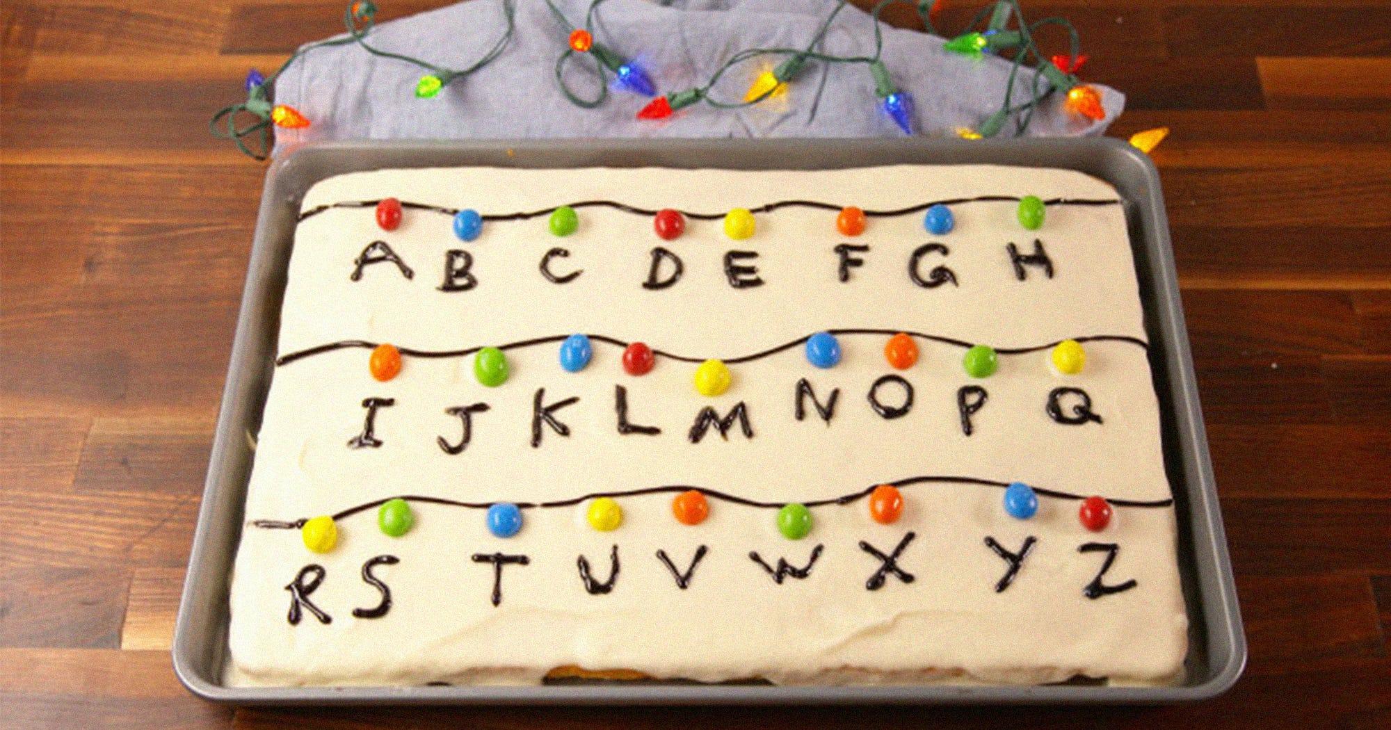 Stranger Things Cake Is Perfect Halloween Dessert