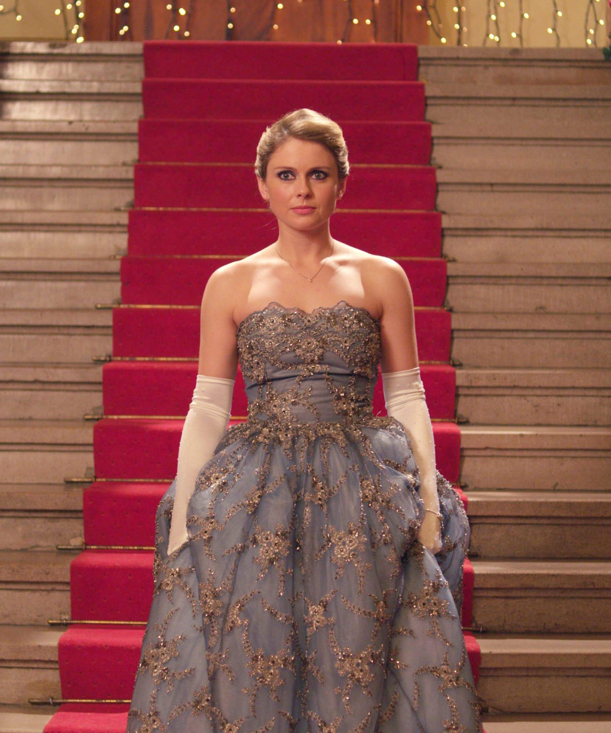 Christmas Inheritance Eliza Taylor.Netflix Christmas Prince Vs Christmas Inheritance Movie