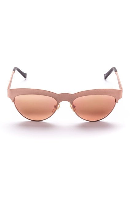 7270e372ee72 History of Sunglasses - Fun Facts About Eyewear