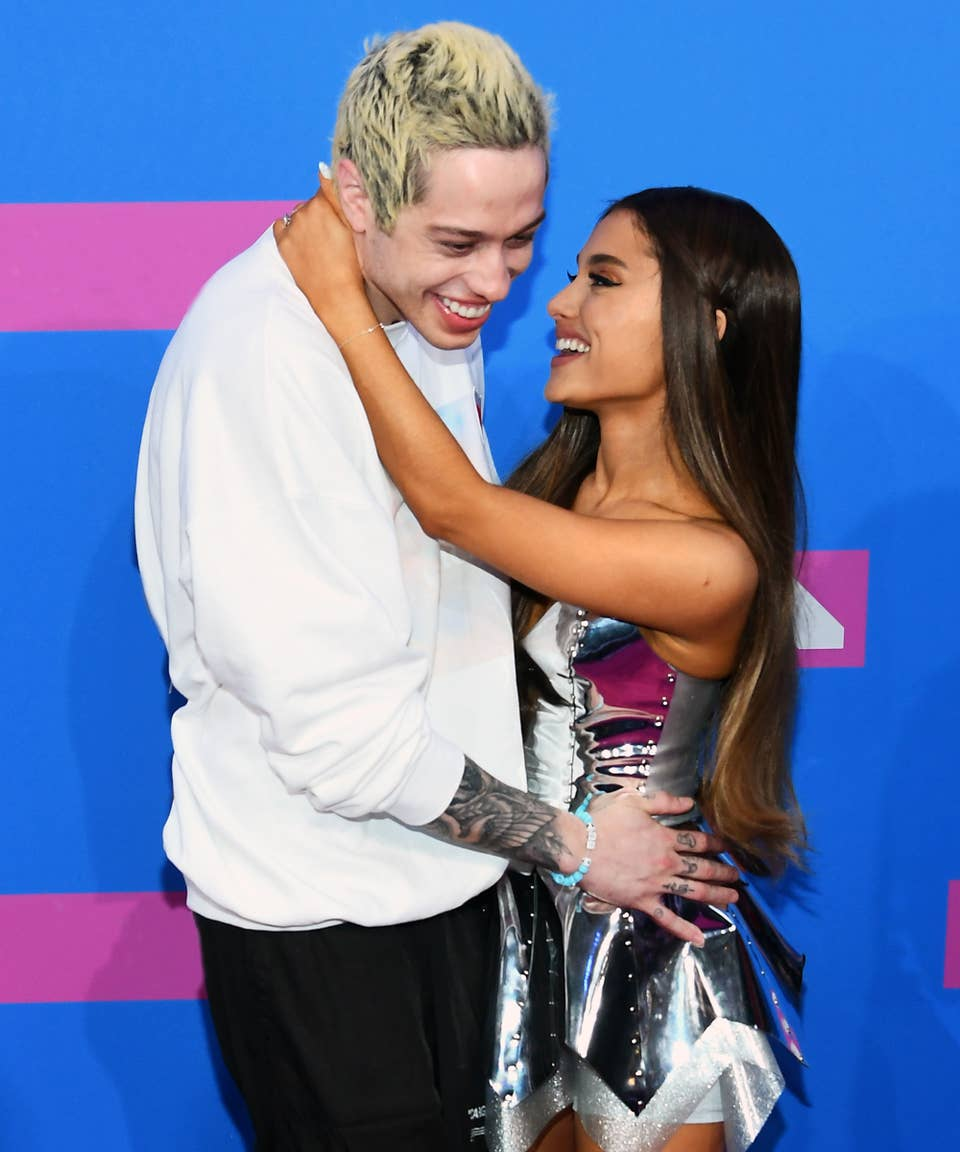 Is dating who ariana Who has