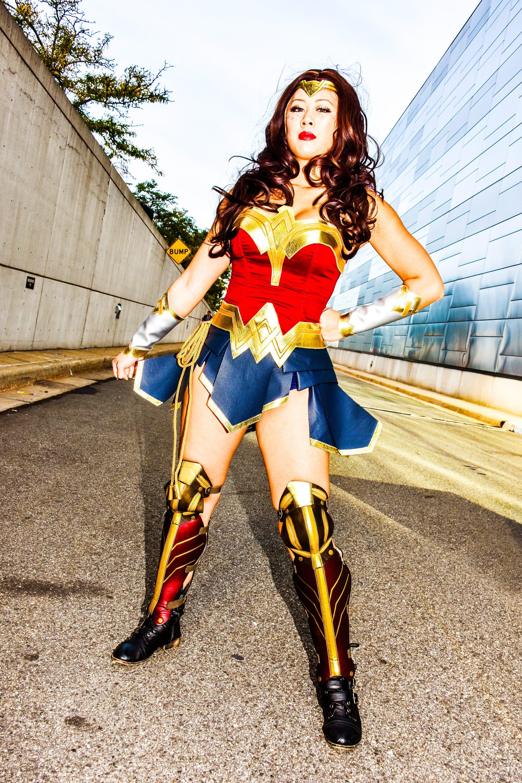 Wonder Woman Big Booty-1791