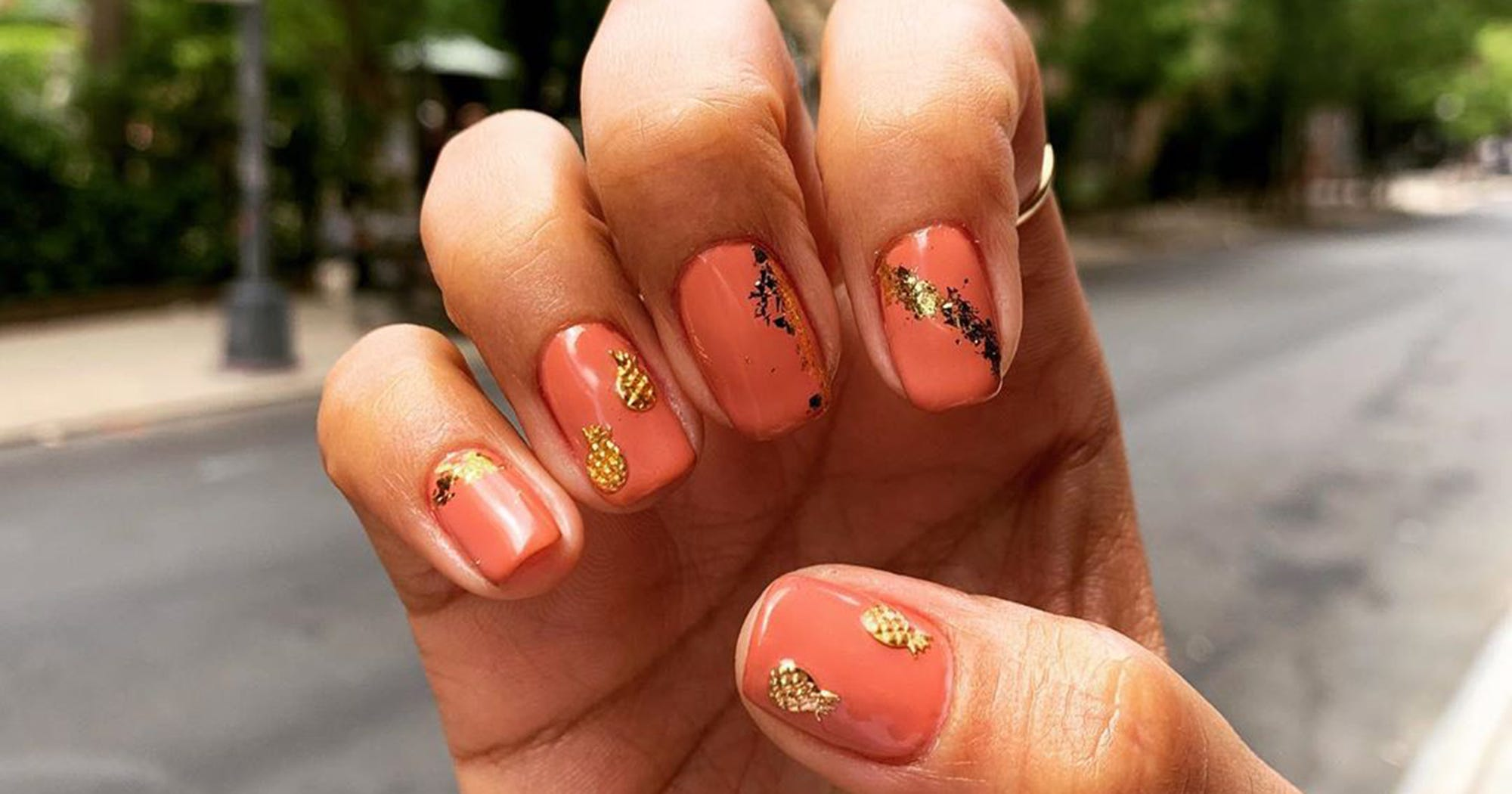 Best Coral Nail Polish Colors For Trendy Summer Nails