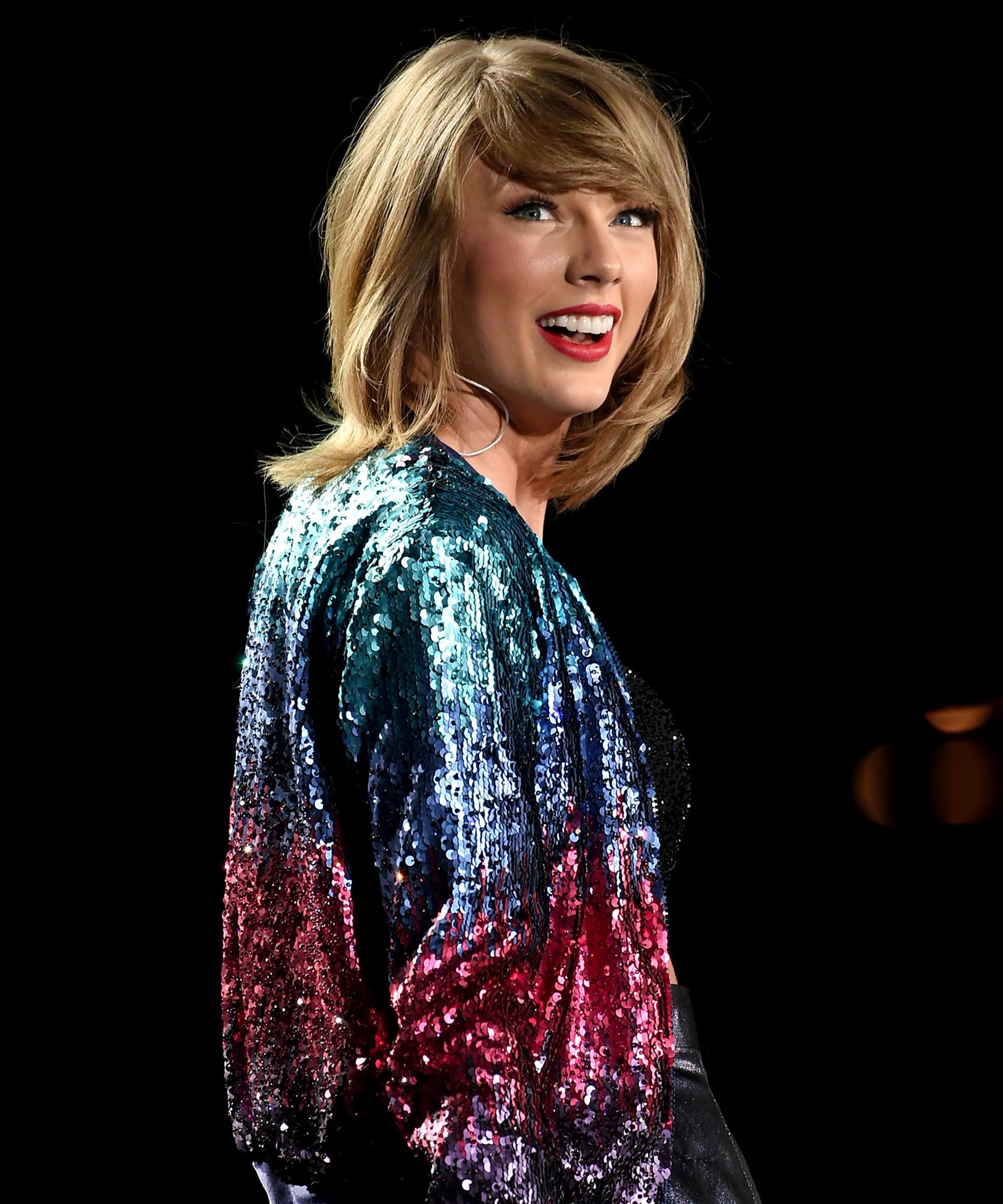 Taylor Swift Costumes Music Video Ideas Halloween 2018