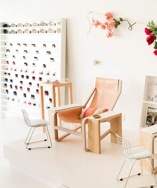Best Salons In Los Angeles: Manicure Pedicure Los Angeles