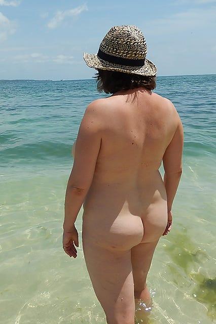 Nacktschwimmen frauen