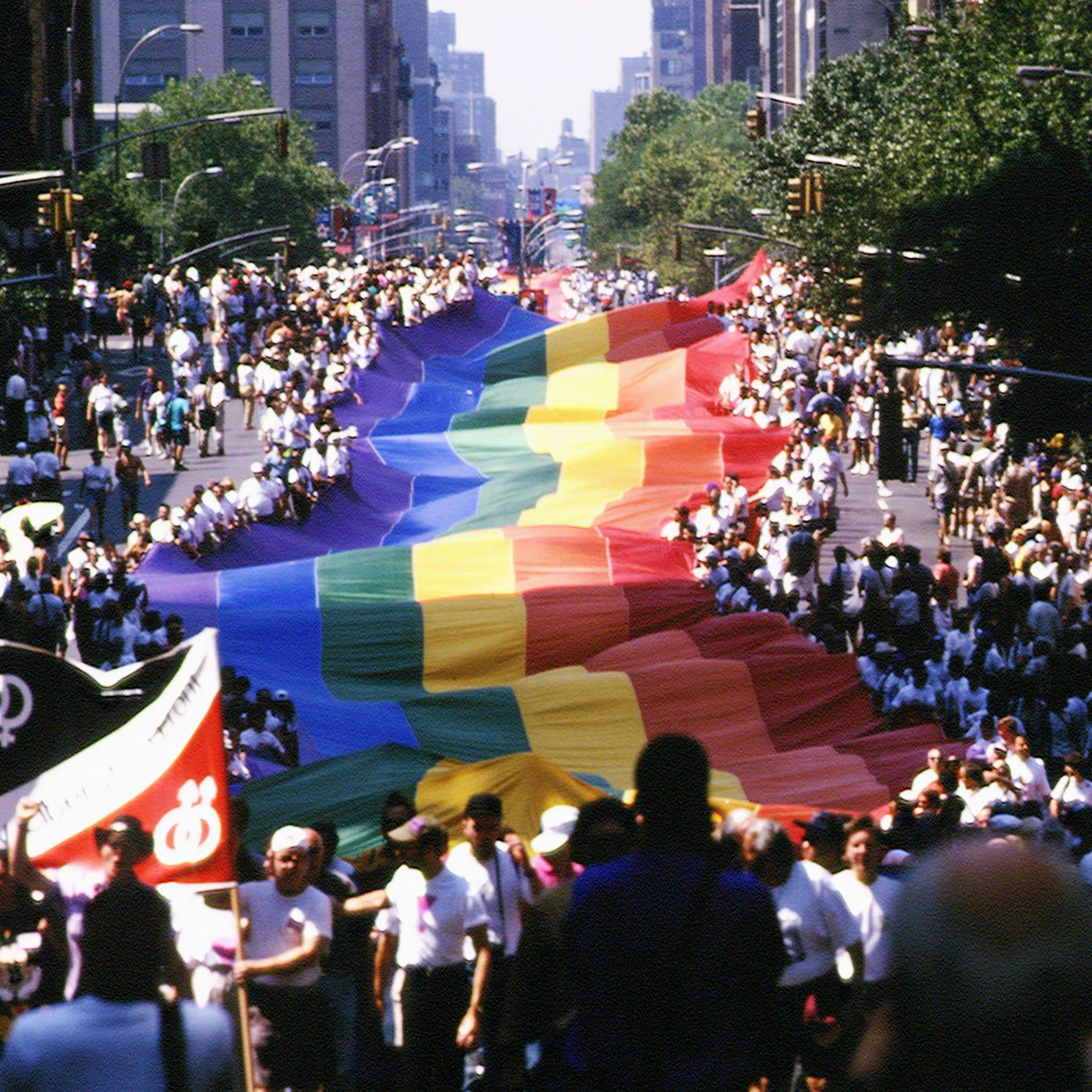 site de rencontre des gay pride a Montrouge