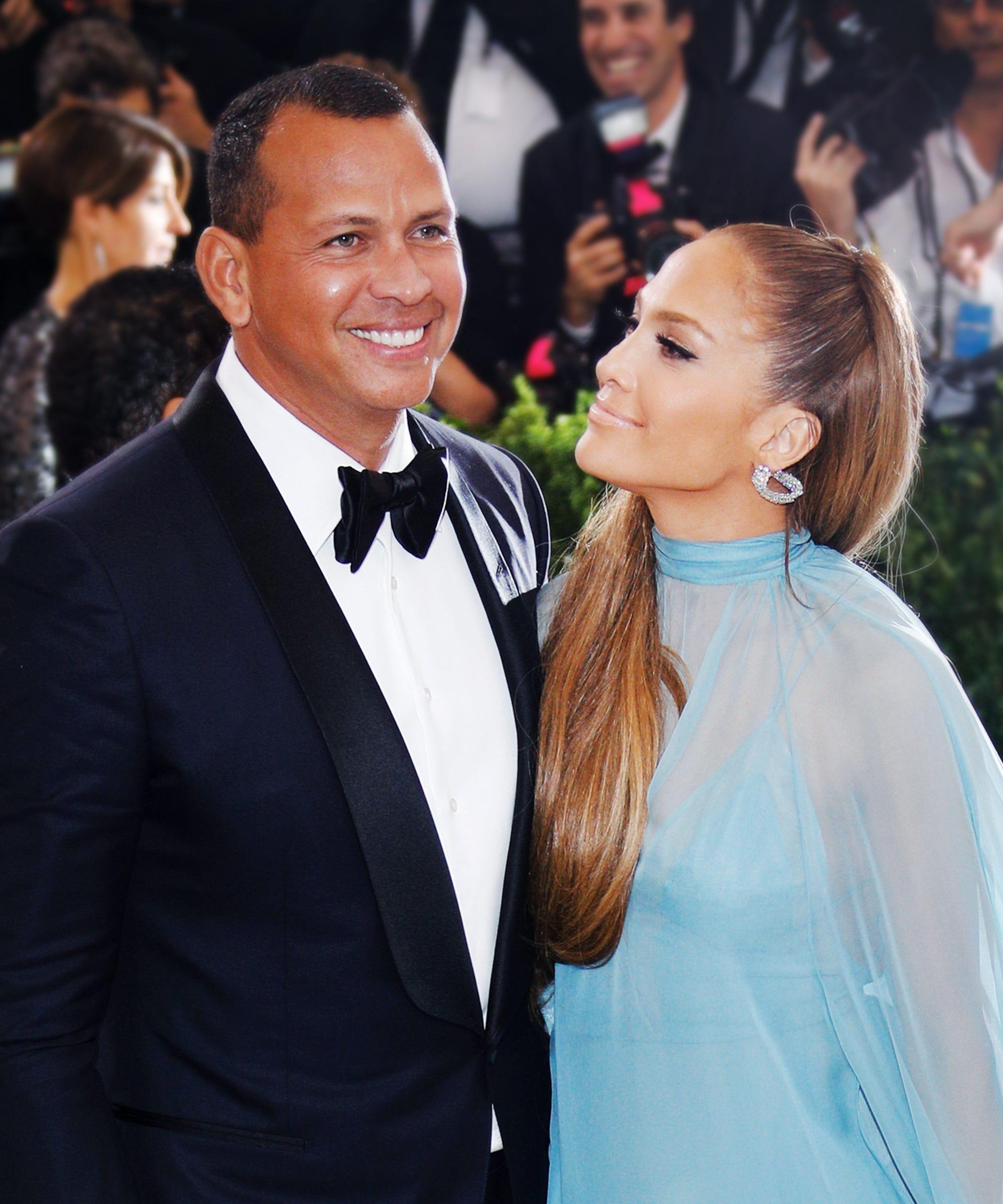 Jennifer Lopez And Alex Rodriquez Are Finally Engaged