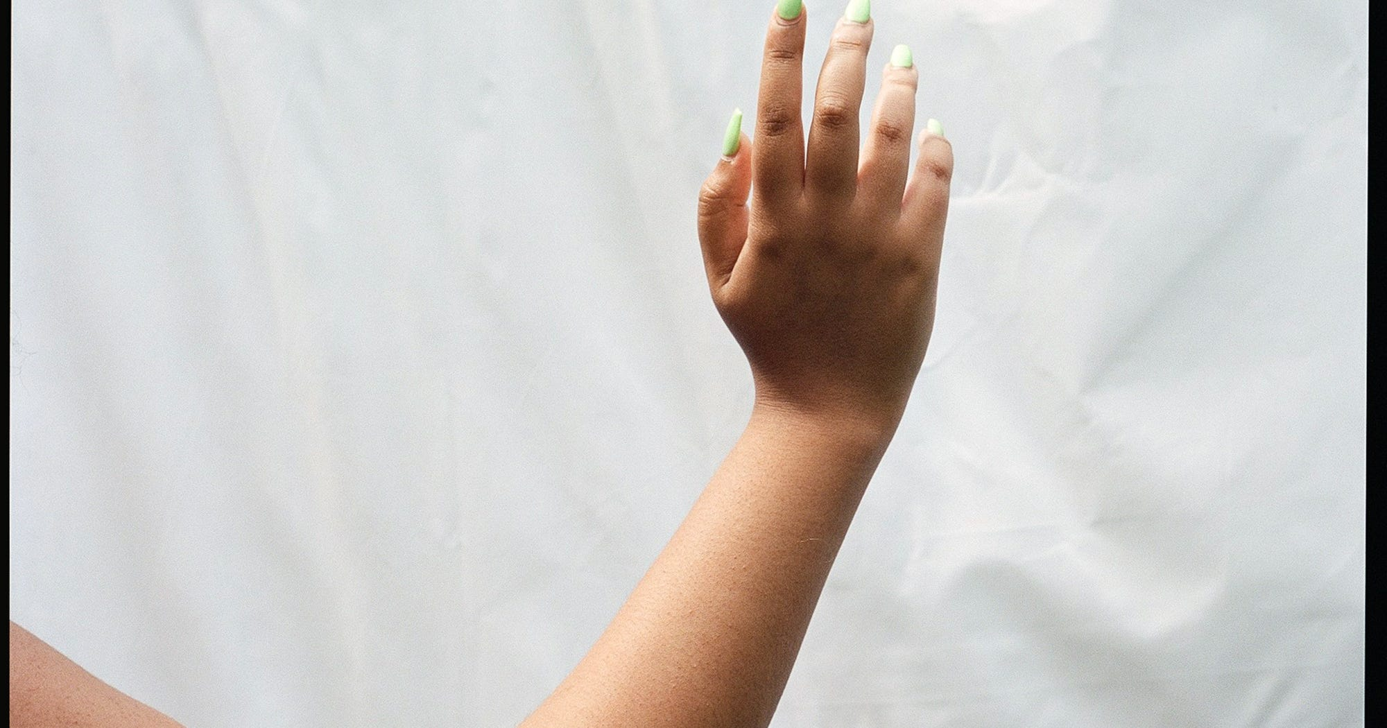 How Acrylic Nails Went From Working Class Salons To The Fingers Of The Middle Classes