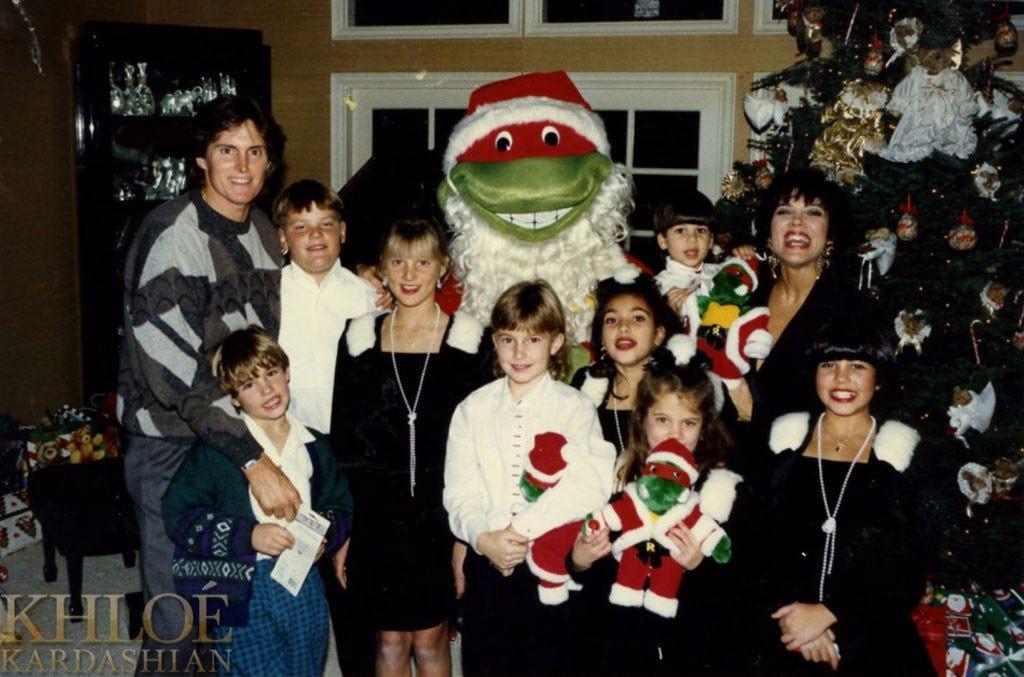 Kardashian Christmas Cards.Kardashian Christmas Card Through The Years Photos 2017
