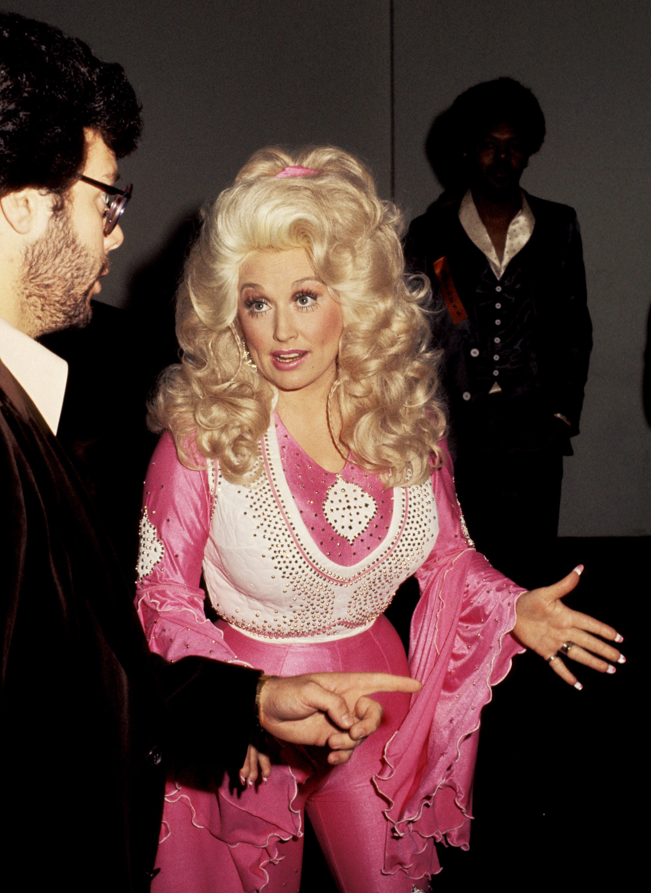 Dolly Parton Hair Evolution With Looks At Every Age
