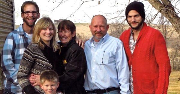 Ashton Kutcher Houzz App Iowa Home Makeover