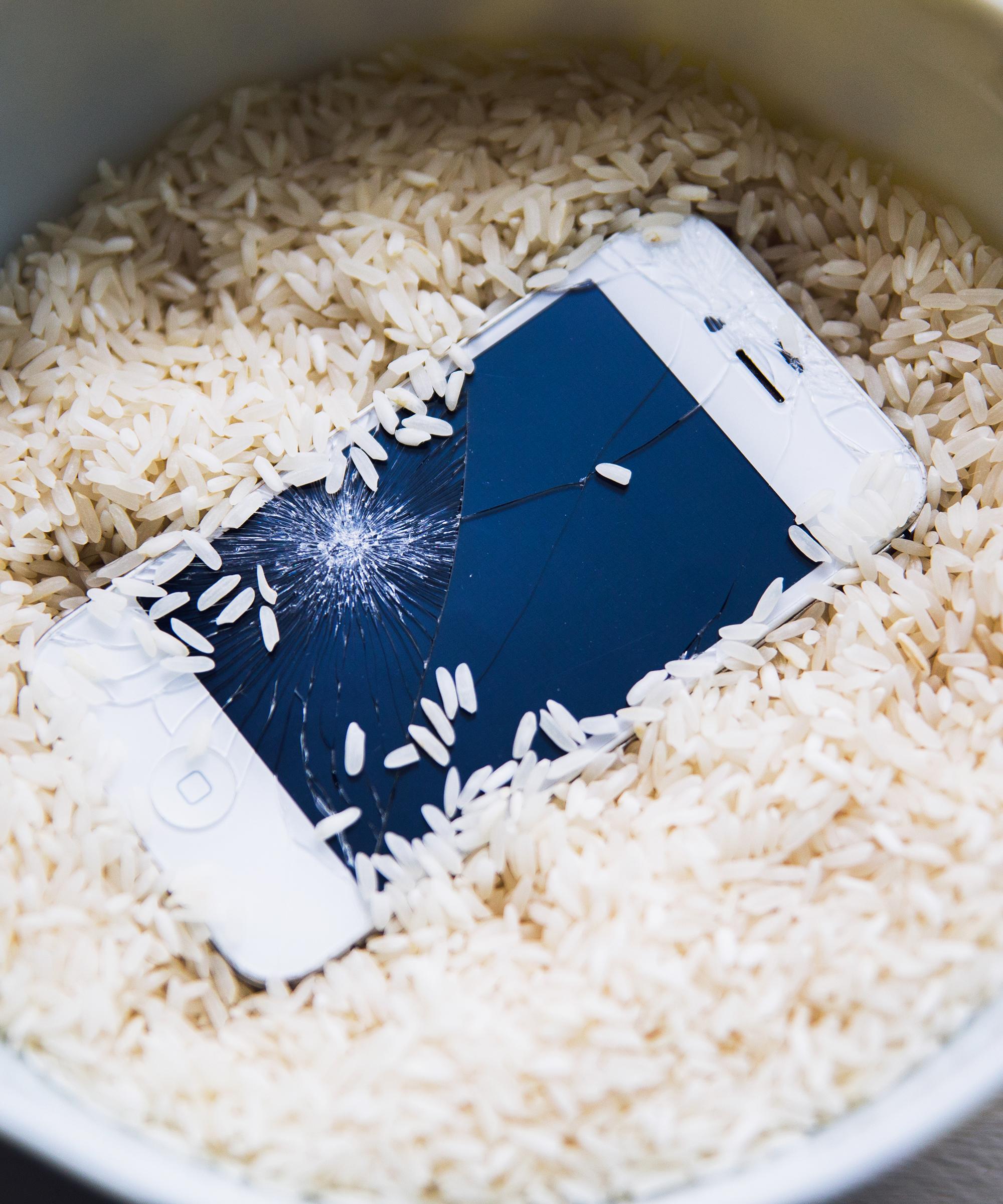 iPhone Screen Repair NYC - Where To Fix Cracked Phone